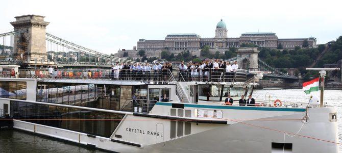 Crystal presenta su nuevo crucero fluvial, Crystal Ravel